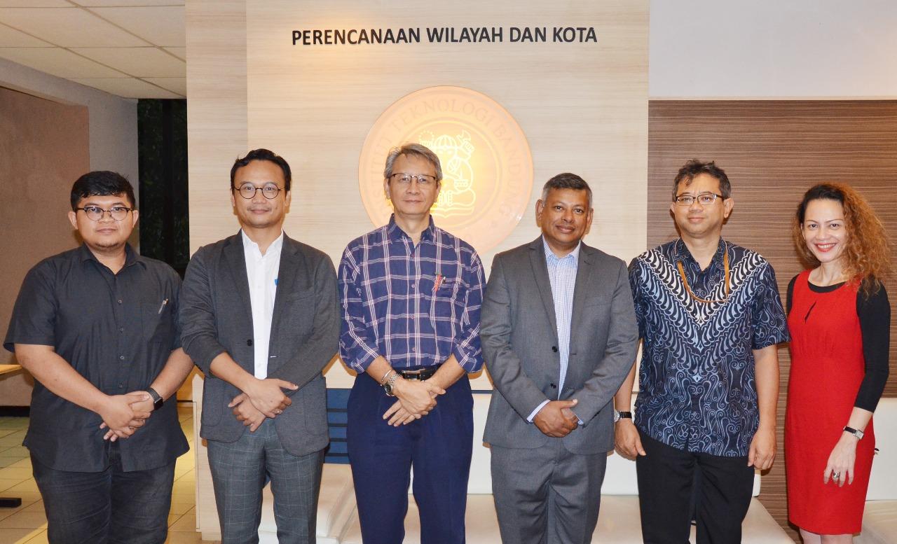 Kunjungan Prof. Sambit Datta dari Curtin University