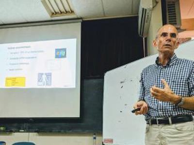 Kuliah Tamu-30 Oktober: Jan Hensen