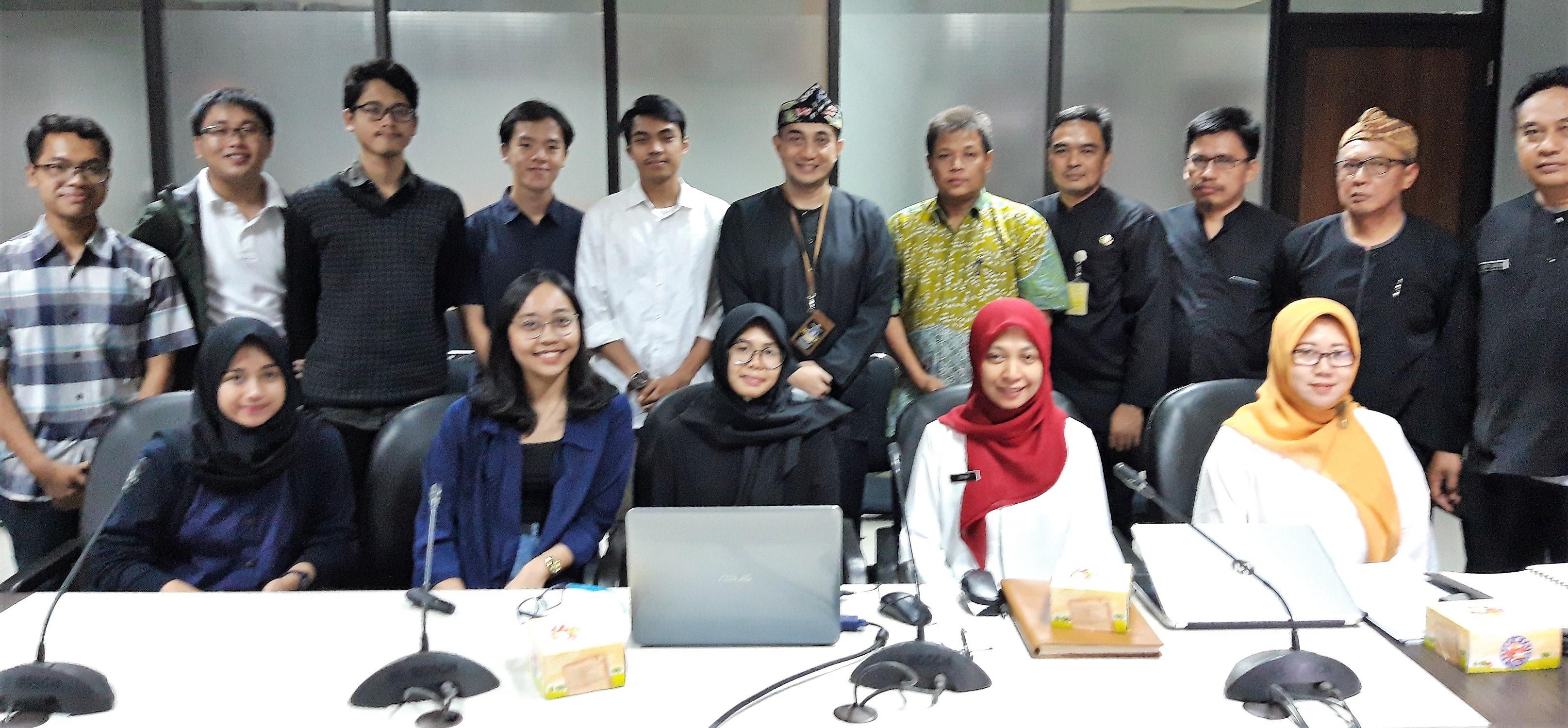 Presentasi Tugas Studio ke Pemerintah Kota Bandung